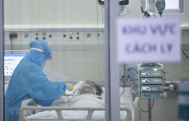 Vietnam reports 8,234 new cases, nearly 4,300 recoveries on August 6 hinh anh 1