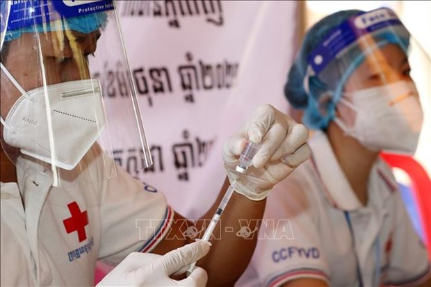 Cambodia on eighth consecutive day with drop in new COVID-19 case number hinh anh 1