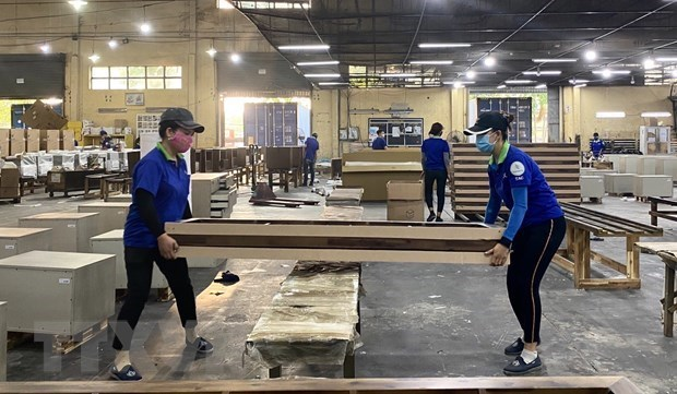 Vietnam's wood products export surges 55 percent in seven months hinh anh 1