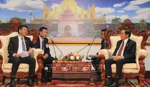 Vietnam, Laos seek to beef up trade, industry and justice ties hinh anh 1