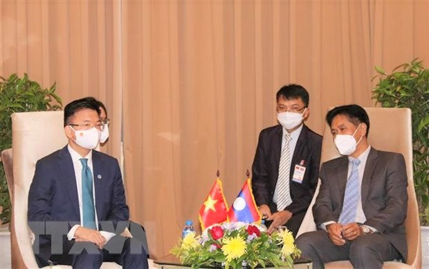 Vietnam, Laos seek to beef up trade, industry and justice ties hinh anh 2