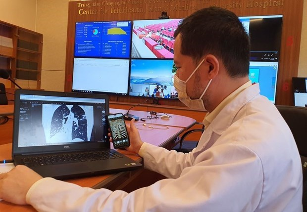 Ministry orders increased use of Telehealth to deal with COVID-19 spike hinh anh 1