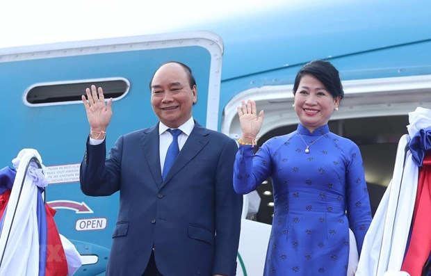 President Nguyen Xuan Phuc concludes Laos visit hinh anh 1