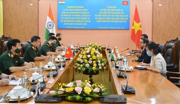 India helps Vietnamese defence ministry build IT system hinh anh 1