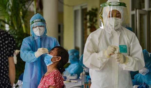 Hanoi to conduct PCR test on 1.3 million people for COVID-19 hinh anh 1