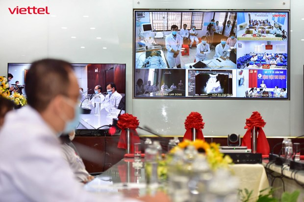 Telehealth provides remote consultations for treatment of over 1800 severe COVID-19 cases hinh anh 1
