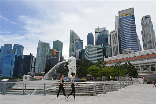 Singapore economy expands nearly 15 percent in Q2 hinh anh 1