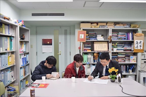 Vietnam ranks second in number of students in Japan hinh anh 1
