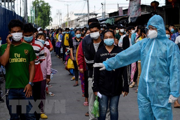 Cambodia: Over 60 COVID-19 cases found among workers returning from Thailand hinh anh 1