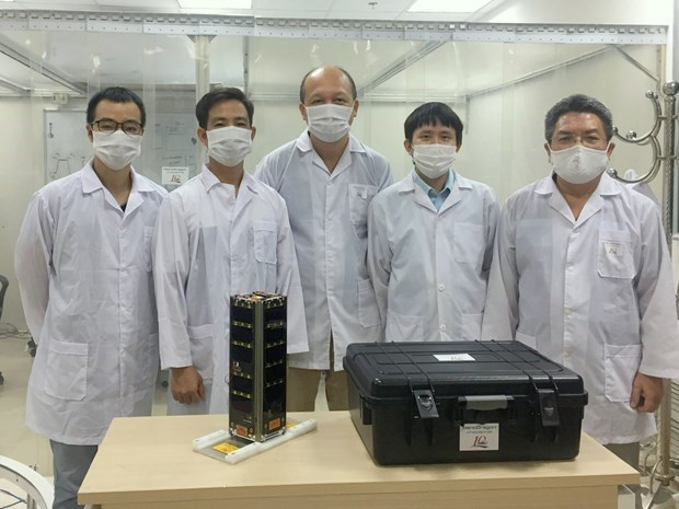 Vietnam's sea observation satellite to be launched in Japan hinh anh 2