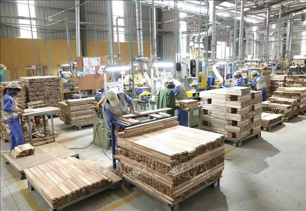India decides not to impose anti-dumping duty on MDF boards from Vietnam hinh anh 1