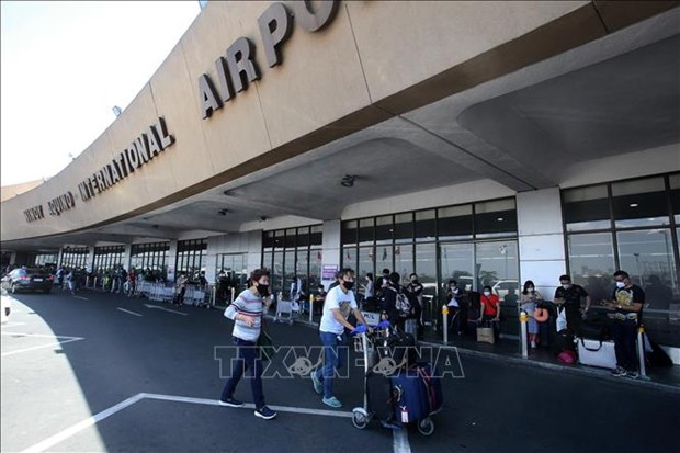 Philippines extends entry ban on visitors from 10 countries hinh anh 1
