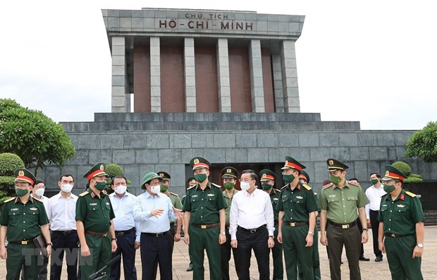 PM requests better preservation of President Ho Chi Minh's Mausoleum hinh anh 1
