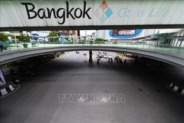 Thailand revises down GDP growth forecast due to surging COVID-19 cases hinh anh 1