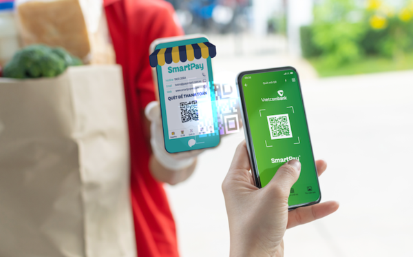 Mobile payment users in Vietnam rank third in the world hinh anh 1