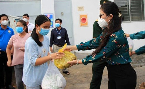 HCM City proposes Government provide more relief aid for poor people hinh anh 1