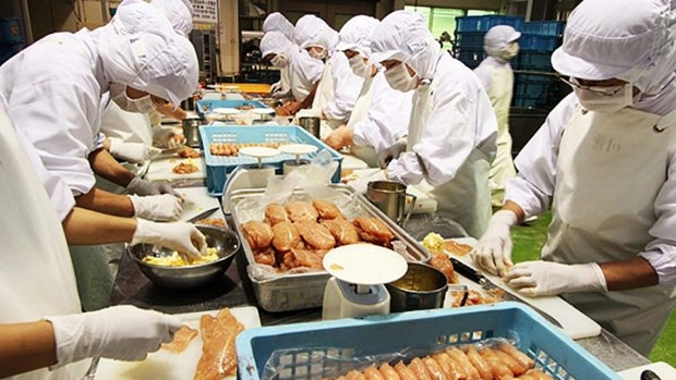 Vietnamese products to be promoted in Singapore hinh anh 1