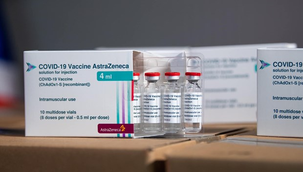 Additional 1.2 million doses of AstraZeneca vaccine arrive in Vietnam hinh anh 1