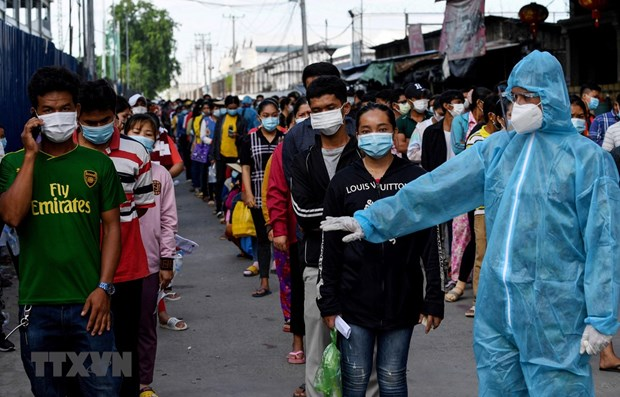 Cambodia ends nationwide intensive anti-pandemic campaign hinh anh 1