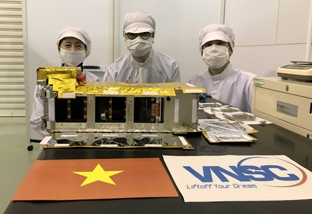 Vietnamese-made NanoDragon satellite scheduled to be launched on October 1 hinh anh 1