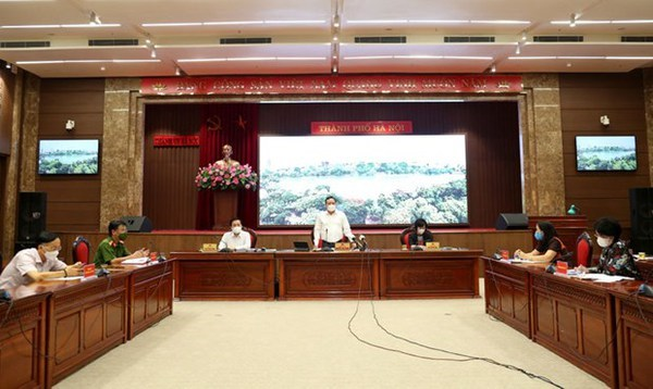 Hanoi to extend social distancing measures hinh anh 1
