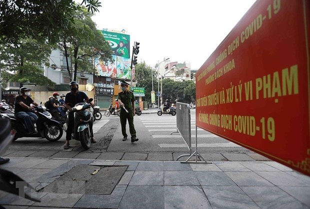 Hanoi to extend social distancing until September 6 hinh anh 1