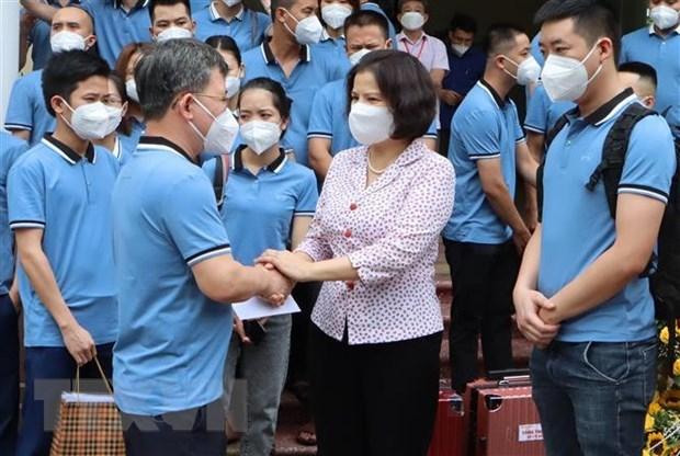 Bac Ninh sends more medical staff to pandemic-hit HCM City hinh anh 1