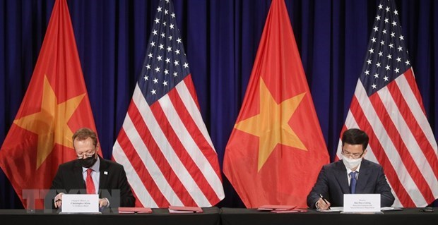 Agreement on new location of US Embassy in Vietnam signed hinh anh 1