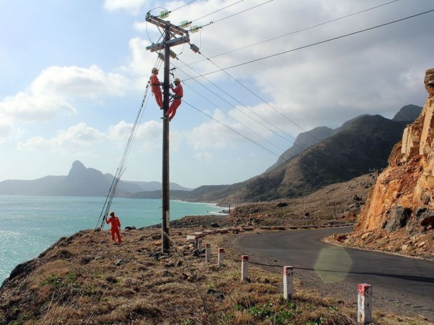 Funding urged for project linking Con Dao with national grid hinh anh 1