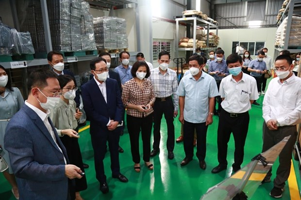 Samsung Vietnam helps local firms join global supply chain hinh anh 1