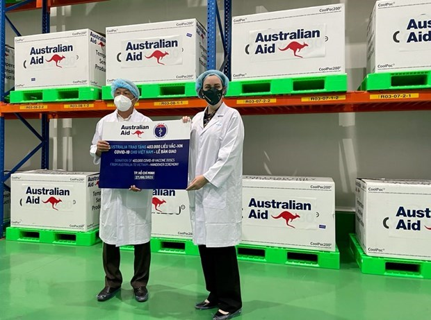 Vietnam receives 403,000 COVID-19 vaccine doses donated by Australian Government hinh anh 1