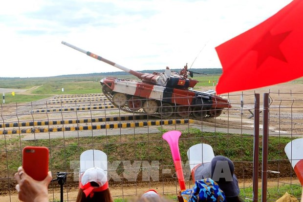 Vietnamese chemistry team performs well at 2021 Int'l Army Games hinh anh 2
