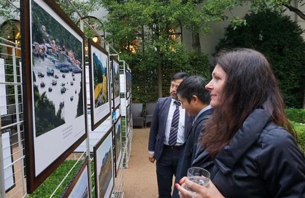 Výstava fotografií v České republice slaví Hin An 1, národní den Vietnamu