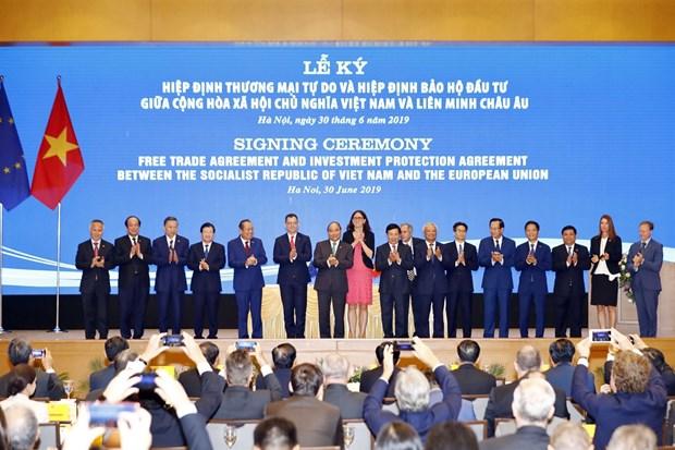 Enhancing parliament cooperation's role in Vietnam-European Parliament, Belgium ties hinh anh 1