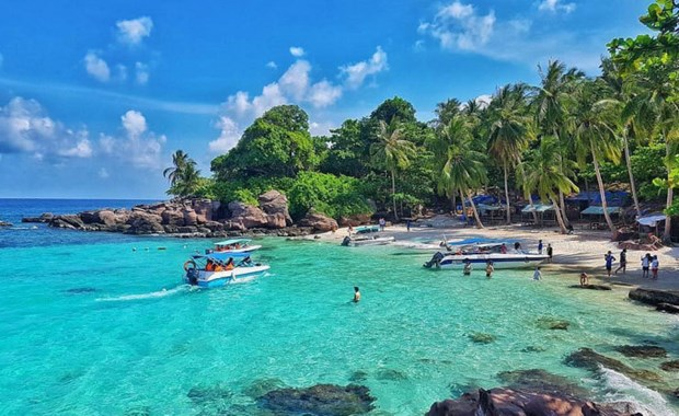Phu Quoc island to be re-opened for foreign tourists in October hinh anh 1
