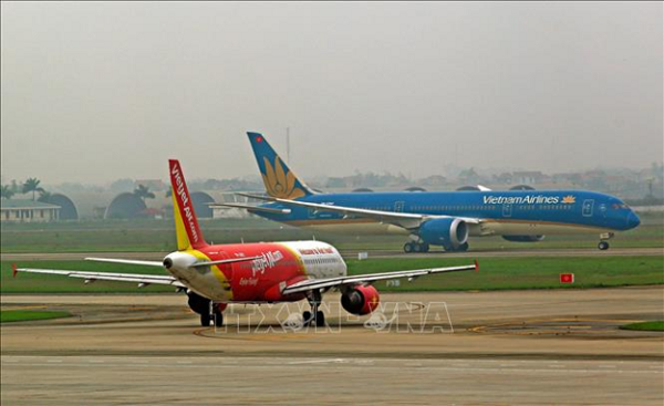 CAAV proposes plan to re-open domestic flights hinh anh 1