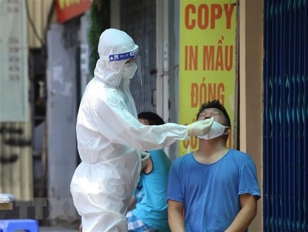 Hanoi reports 15 new COVID-19 cases, mostly in quarantine areas hinh anh 1