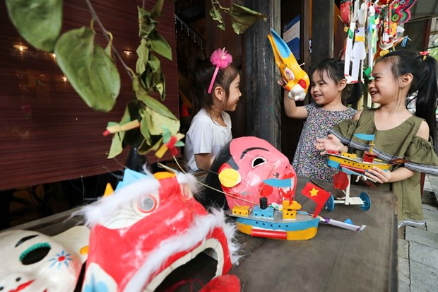 Online exhibitions to thrill children on Mid-Autumn Festival hinh anh 1