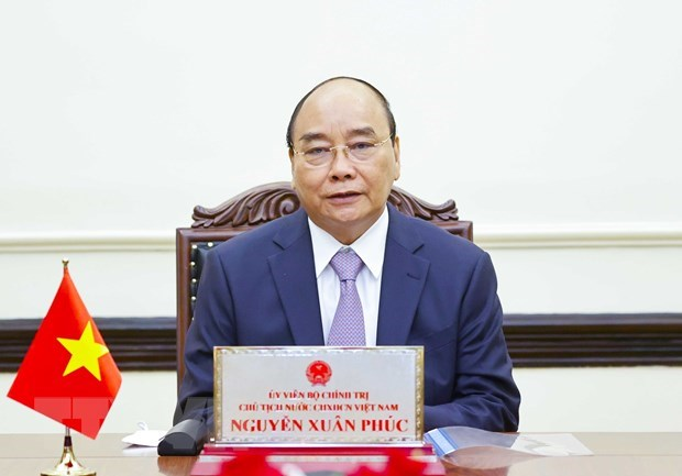President Nguyen Xuan Phuc holds phone talk with Russian counterpart hinh anh 1