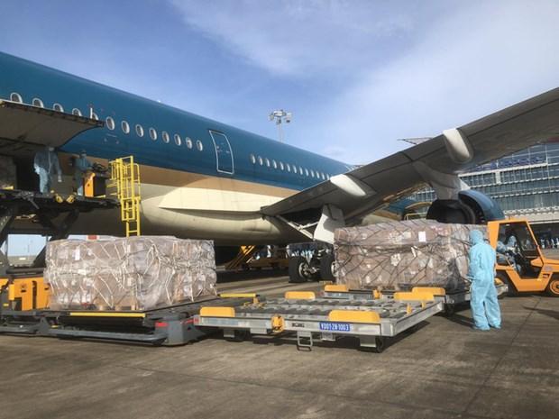 Temasek Foundation-donated medical equipment arrive in Vietnam hinh anh 1