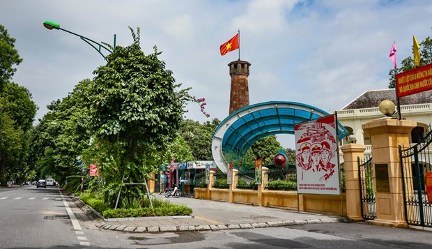 Hanoi allows resumption of some services from September 21 hinh anh 2