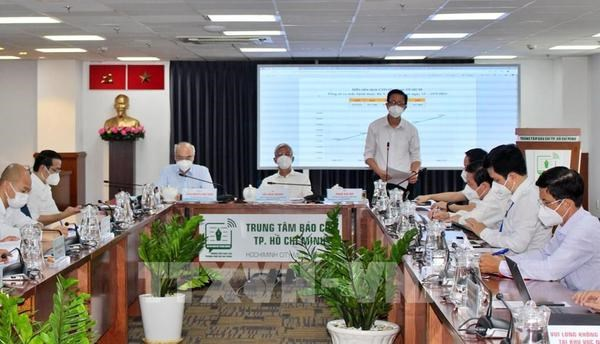 HCM City to implement third relief package worth 7.3 trillion VND hinh anh 2