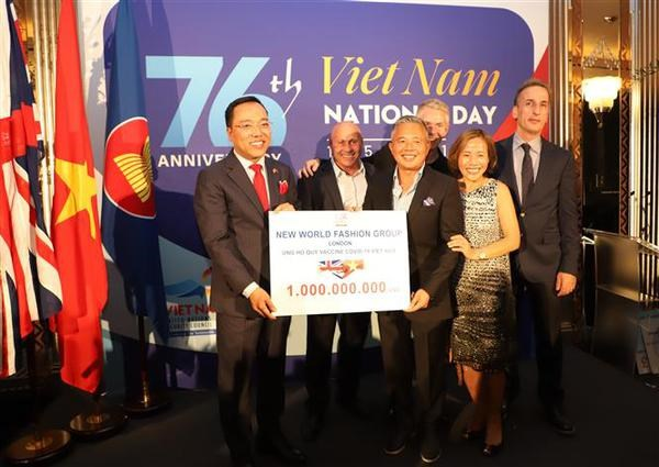 National Day celebration held in London hinh anh 2