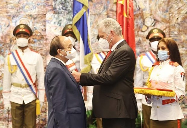 Vietnam, Cuba issue joint statement on President Nguyen Xuan Phuc's visit hinh anh 1