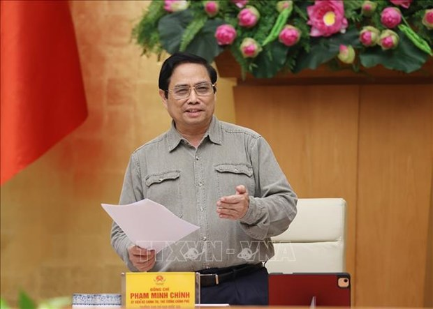 PM highlights need for safe adaptation to pandemic, containment solutions hinh anh 2