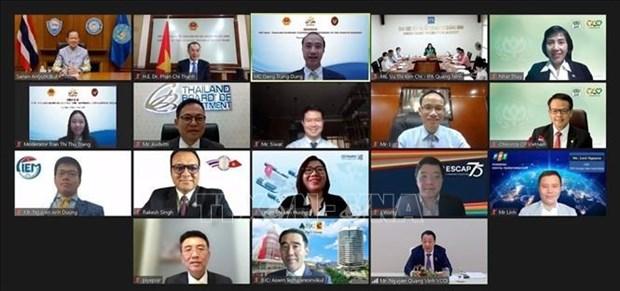 Vietnam, Thailand seek ways to enhance economic cooperation amidst COVID-19 hinh anh 1
