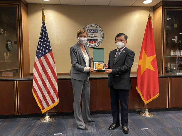 Vietnam, US step up cooperation in tackling war consequences hinh anh 2