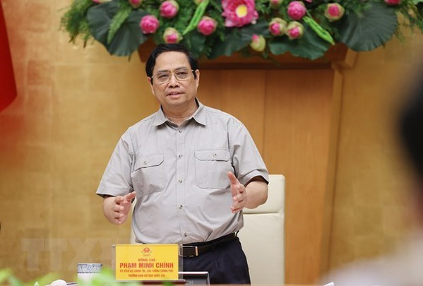 Vietnam aims to return to new normal situation by September 30: PM hinh anh 1