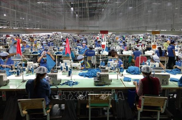 Vietnam advised to attract more FDI to boost economic growth hinh anh 2