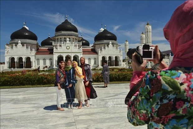 Indonesia invests 645 million USD in tourism revival hinh anh 1